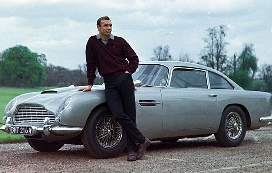 Aston Martin DB5 with James Bond