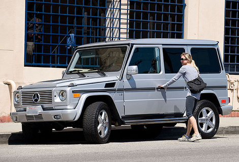 Renee Zellweger and her Mercedes E Class